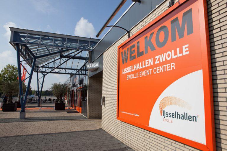"""IJsselhallen Zwolle klaar voor nieuw seizoen """"gezellige drukte"""""""